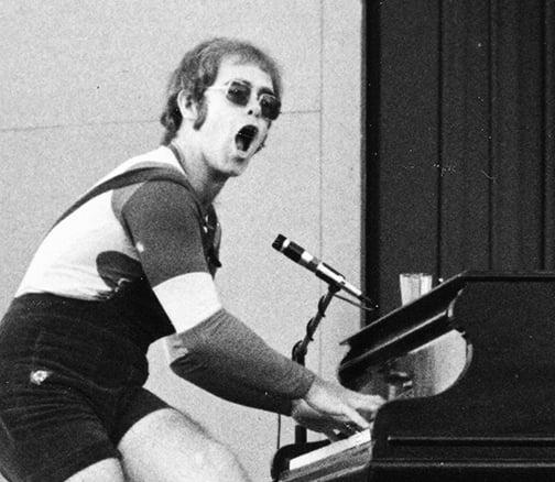 Elton John's mesmerizing performance of Tiny Dancer in 1971