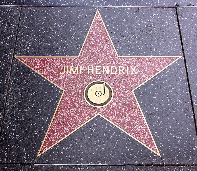 16 Amazing Jimi Hendrix guitar solos
