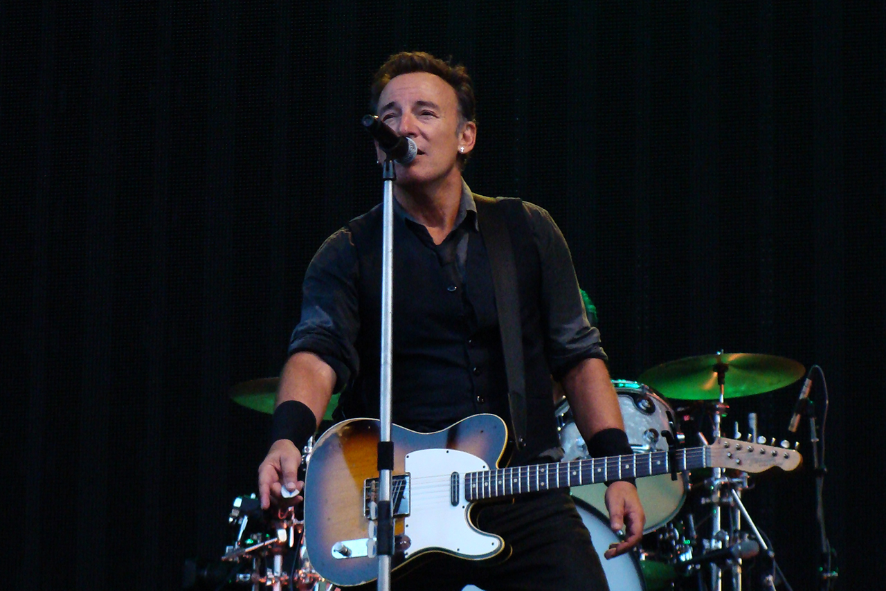 Because The Night: Springsteen, Patti Smith or 10,000 Maniacs?