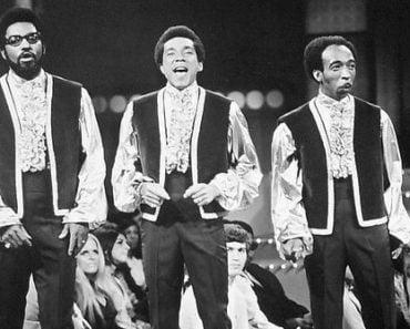 Top 10 Smokey Robinson & The Miracles Songs