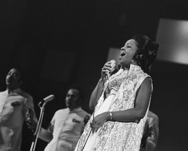 Top 10 Gladys Knight & The Pips Songs