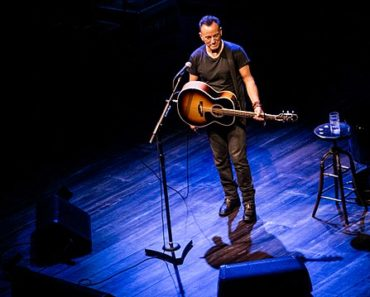Bruce Springsteen Returns To Broadway This Month June 2021