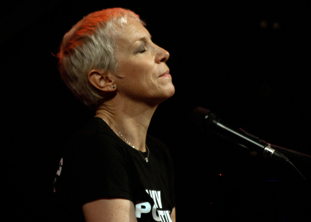 Annie Lennox Best Covers