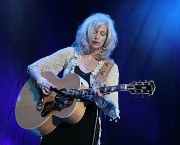 Top 10 Emmylou Harris Songs