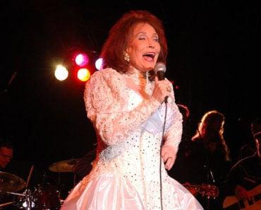 Top 10 Loretta Lynn Songs